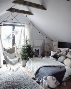 28+ Comfy Neutral Winter Ideas for Your Home Decor (25)