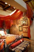 30+ Stunning Bohemian Bedroom Decor For Small Space (14)