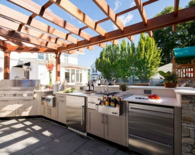 45+ Awesome Cooking With Amazing Outdoor Kitchen Ideas (48)