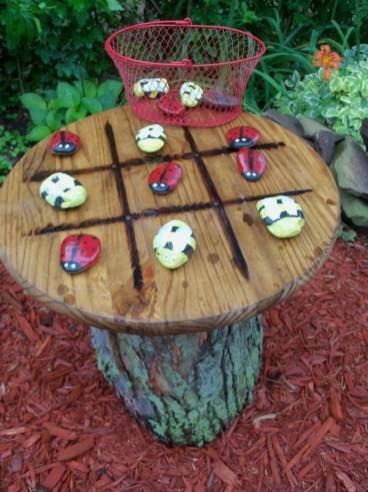 53+ Beautiful DIY Outdoor Garden Crafts Ideas to Make Your Garden More Beautiful (49)
