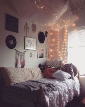 30+ Interesting Dorm Room Ideas That Your Inspire 33