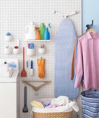 40+ Brilliant Ways To Organize Your Home With Pegboards (34)