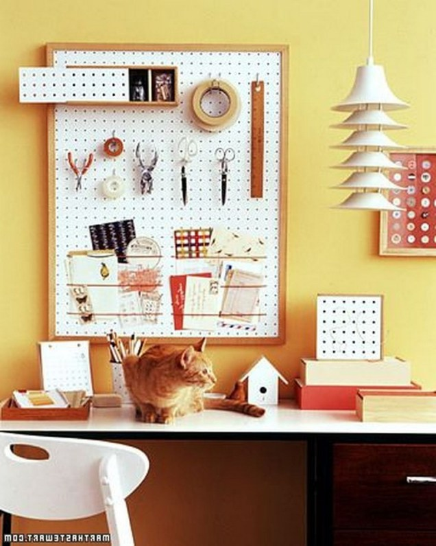 40+ Brilliant Ways To Organize Your Home With Pegboards (42)