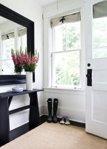 46+ Beauty Chic and Simple Entrance Ideas for Your House (17)