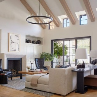 43+ The Top Family Living Room Decoration Ideas (24)