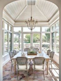 45+ Amazing Interior Design Ideas With Farmhouse Style (33)