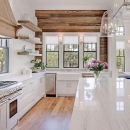 45+ Amazing Interior Design Ideas With Farmhouse Style (34)
