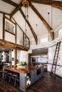 45+ Amazing Interior Design Ideas With Farmhouse Style (45)