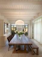 75+ Stuning Farmhouse Dining Room Decor Ideas 37