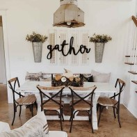75+ Stuning Farmhouse Dining Room Decor Ideas 44