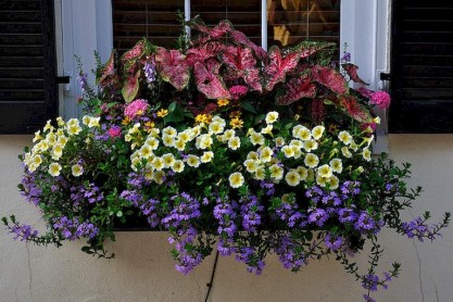 88+ Amazing Fall Container Gardening Ideas (19)