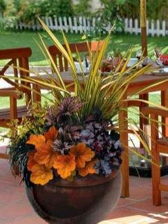 88+ Amazing Fall Container Gardening Ideas (26)