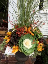 88+ Amazing Fall Container Gardening Ideas (38)