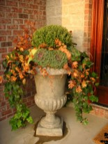 88+ Amazing Fall Container Gardening Ideas (90)