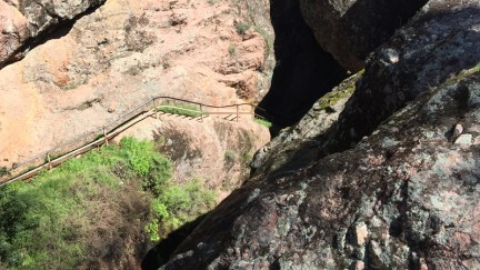 reservoir-staircase-out-of-bear-gulch-cave