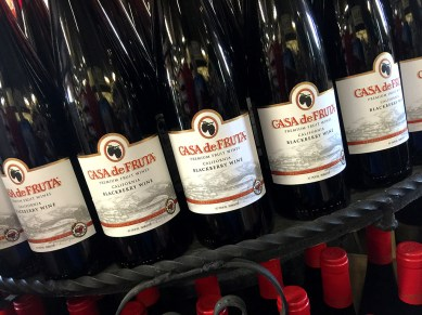 Casa de Fruta Blackberry Fruit Wine