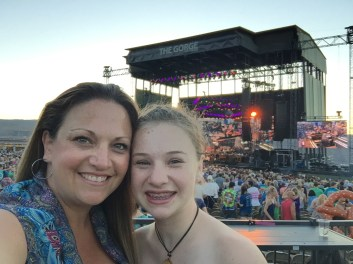 Jennifer Bourn and Natalie Bourn at Dead and Company