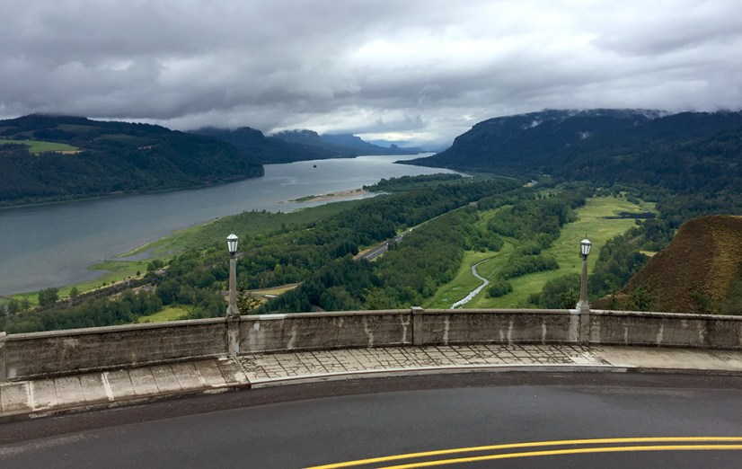 Vista House Columbia River Gorge Scenic Viewpoint