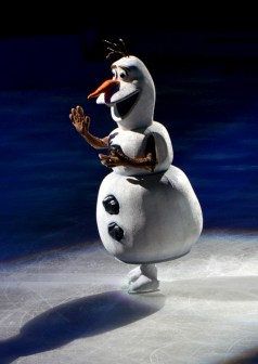Olaf The Snowman In Frozen by Disney On Ice