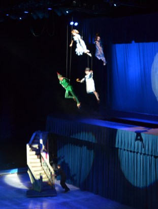 Wendy, John, and Michael Darling From Peter Pan For Disney On Ice Passport To Adventure