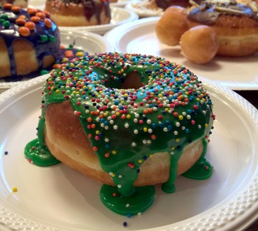 Green Spinkle Donut