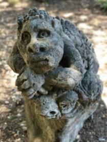 Yingatabandu Sculpture