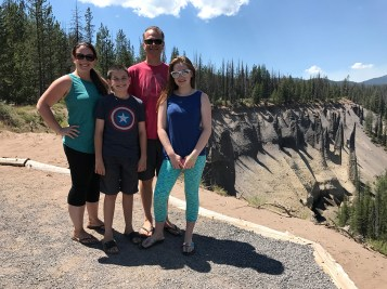 Bourn Family on the Pinnacles Trail at Crater Lake