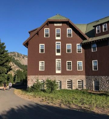 Crater Lake Lodge Building