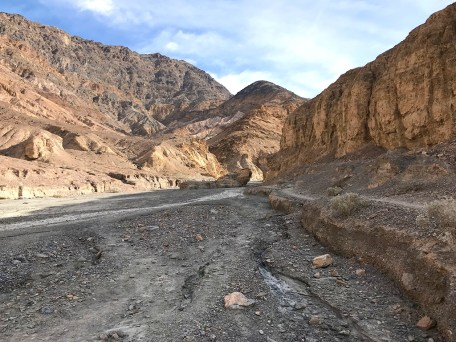 Mosaic Canyon Trail in Death Valley