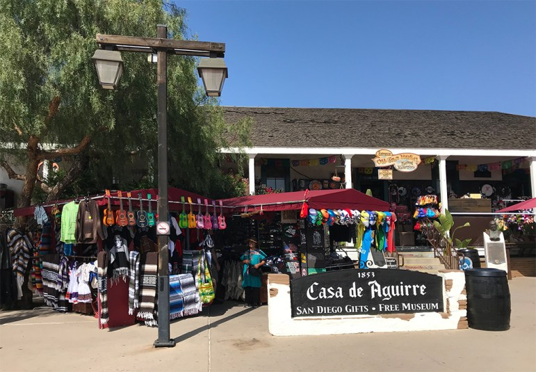 Casa de Aguirre Gifts And Museum