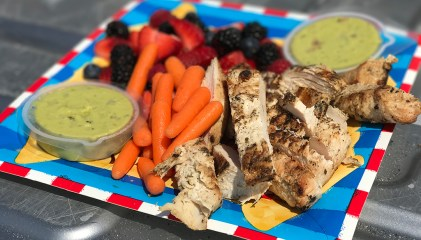 barbecue-chicken-carrots-berries