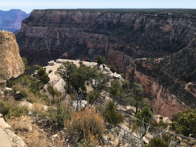 Trailview Overlook with views of Bright Angel Trail