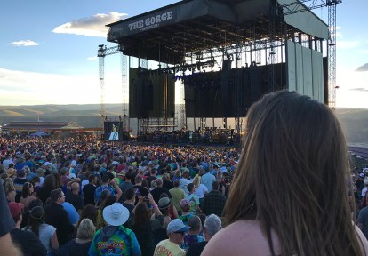 Natalie Bourn At The Dead & Company Concert in Washington