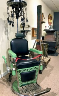 Vintage Hair Salon Chair or Invention