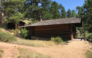 Cabin in Knoll-Willows Park