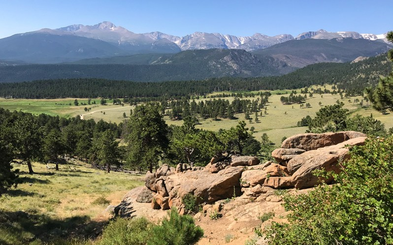 Longs Peak Viewpoint on Trail Ridge Road