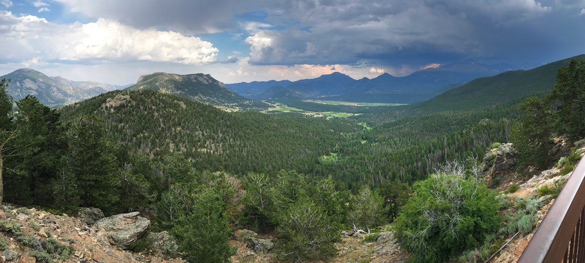 Many Parks Curve Panorama In Rocky Mountain national Park