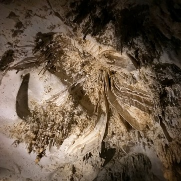 stalctites-carlsbad-caverns-new-mexico