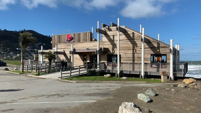 Pacifica Taco Bell on California's Pacific Coast