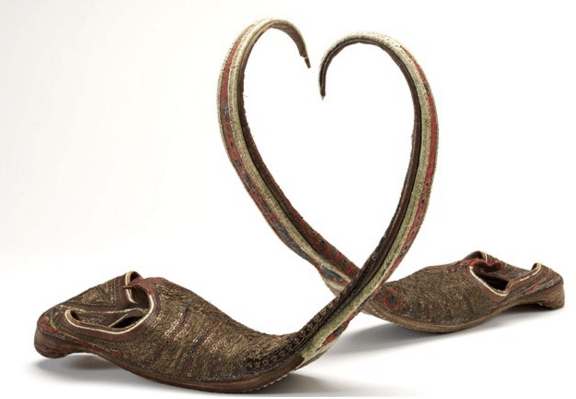 Indian long-toed slippers. Photography: V&A heels