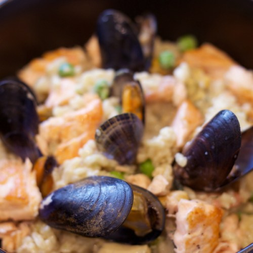 6. Italian Recipe Seafood Risotto Mussels Bowl Cooking Chef Kitchen.jpg