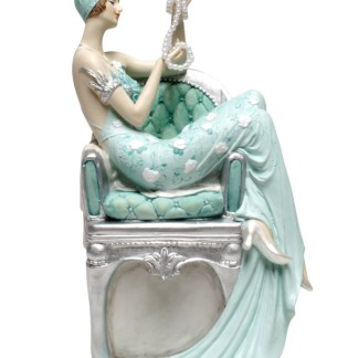 Belle Statuette