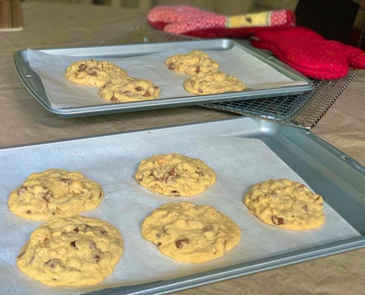 hilton doubletree chocolate chip cookies