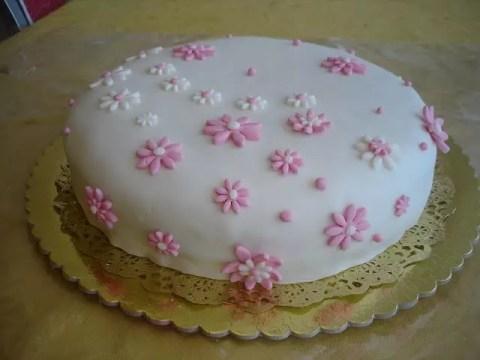 Como fazer um bolo com Pasta Americana