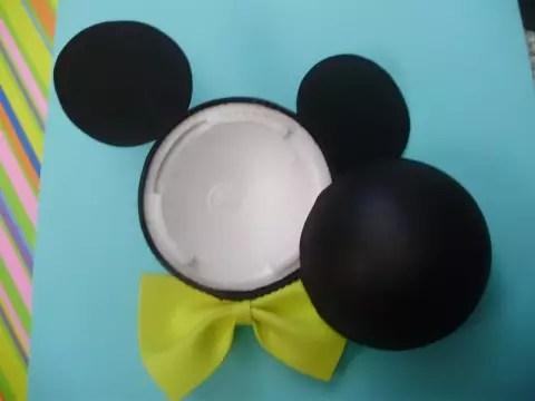 Como fazer lembrancinha com Bola de Isopor – Mickey e Minnie