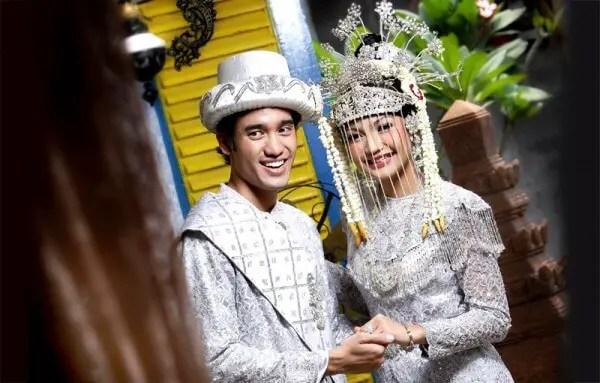 Pakaian adat betawi untuk pengantin