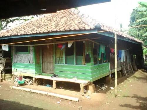 Imah Parahu Kumureb - Rumah Adat Jawa Barat dan Penjelasannya