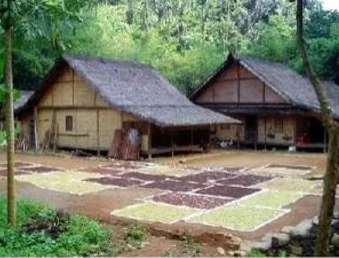 Imah Tagog Anjing - Rumah Adat Jawa Barat