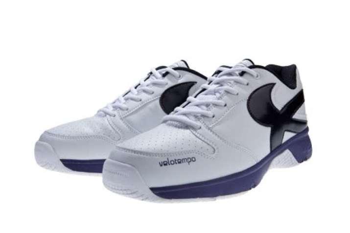 merek sepatu olahraga piero