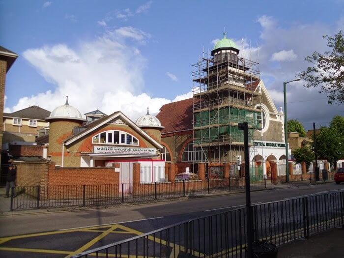 tempat wisata di inggris Masjid Sentral Wembley